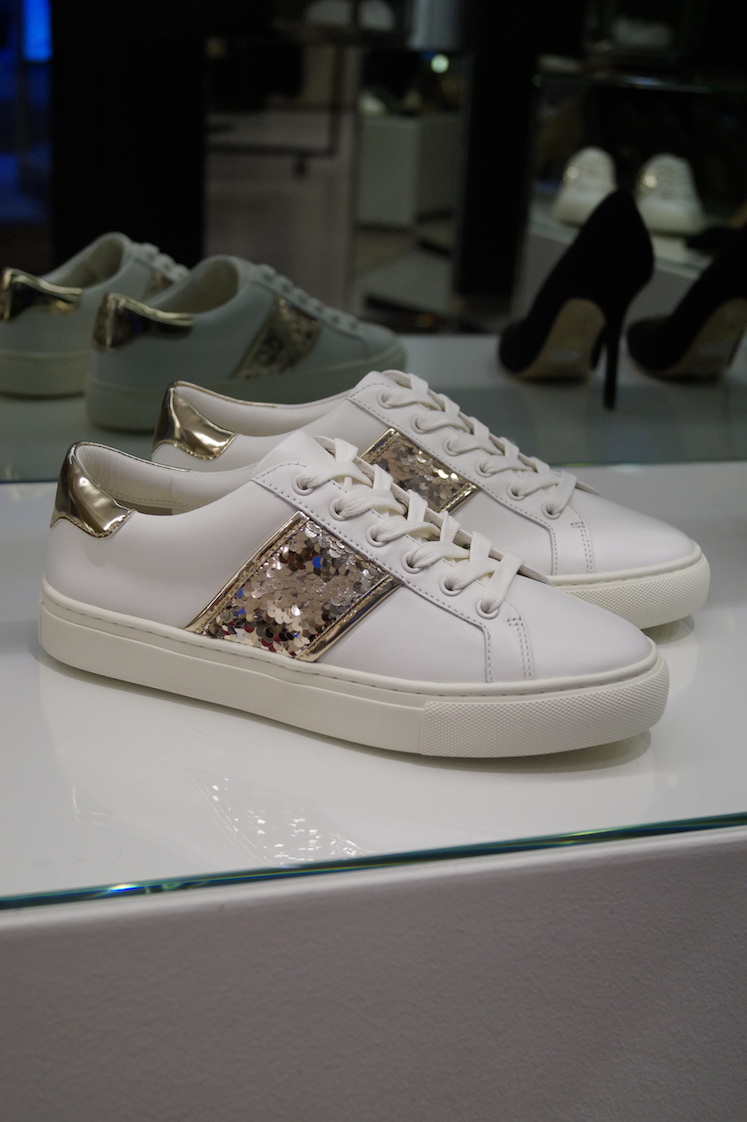 Tory Burch sneakerit 259eur