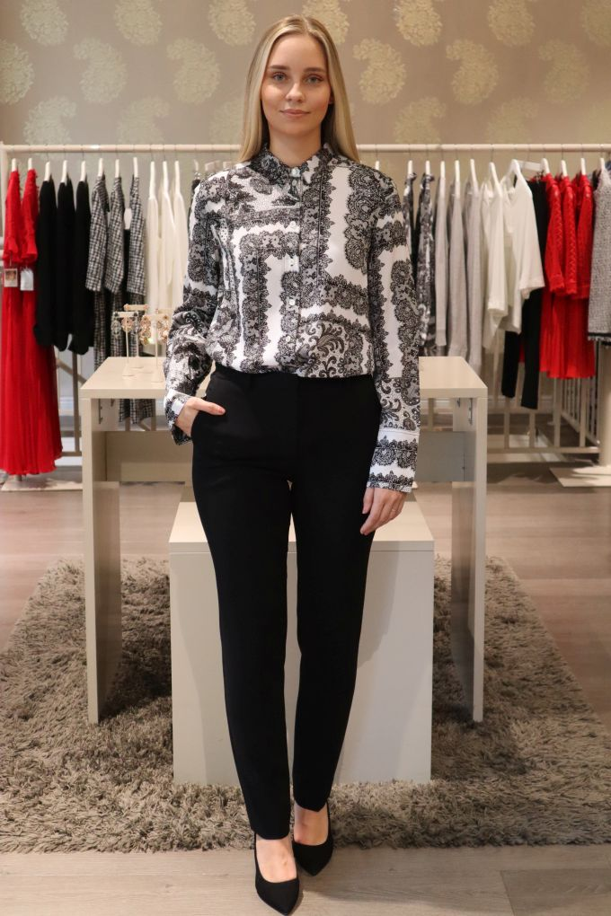 NEW COLLECTION! By Malene Birger paita 310eur ja Theory housut 370eur
